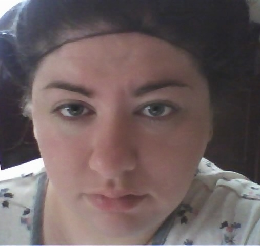 Aren't I cute, with my no makeup, hair in curlers and flannel jammies?