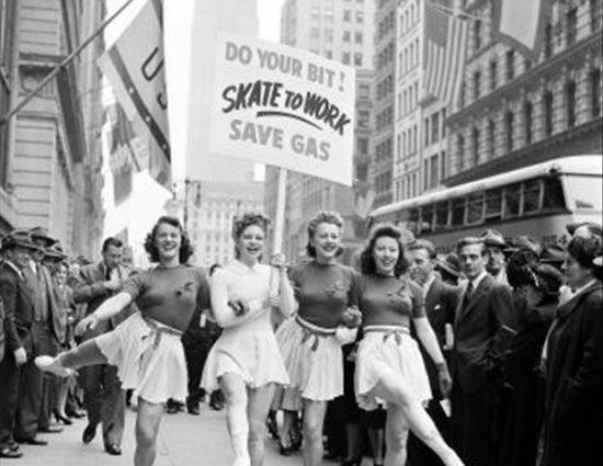 Photos: Skate to Work! (1940s)